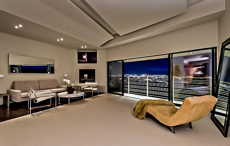 Résidence MUL par VOID - 7691 Mulholland Drive, Los Angeles, CA, États-Unis