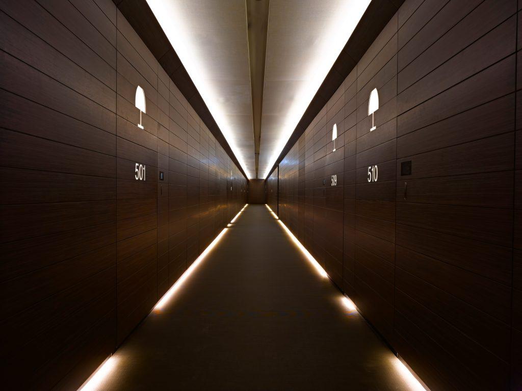 Armani Hotel Dubai - Burj Khalifa, Dubaï, Émirats arabes unis - Couloir intérieur de l'hôtel Armani