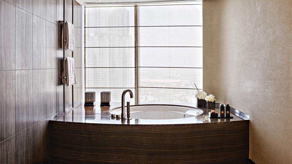 Armani Hotel Dubai - Burj Khalifa, Dubaï, Émirats arabes unis - Armani Suite Salle de bain Baignoire