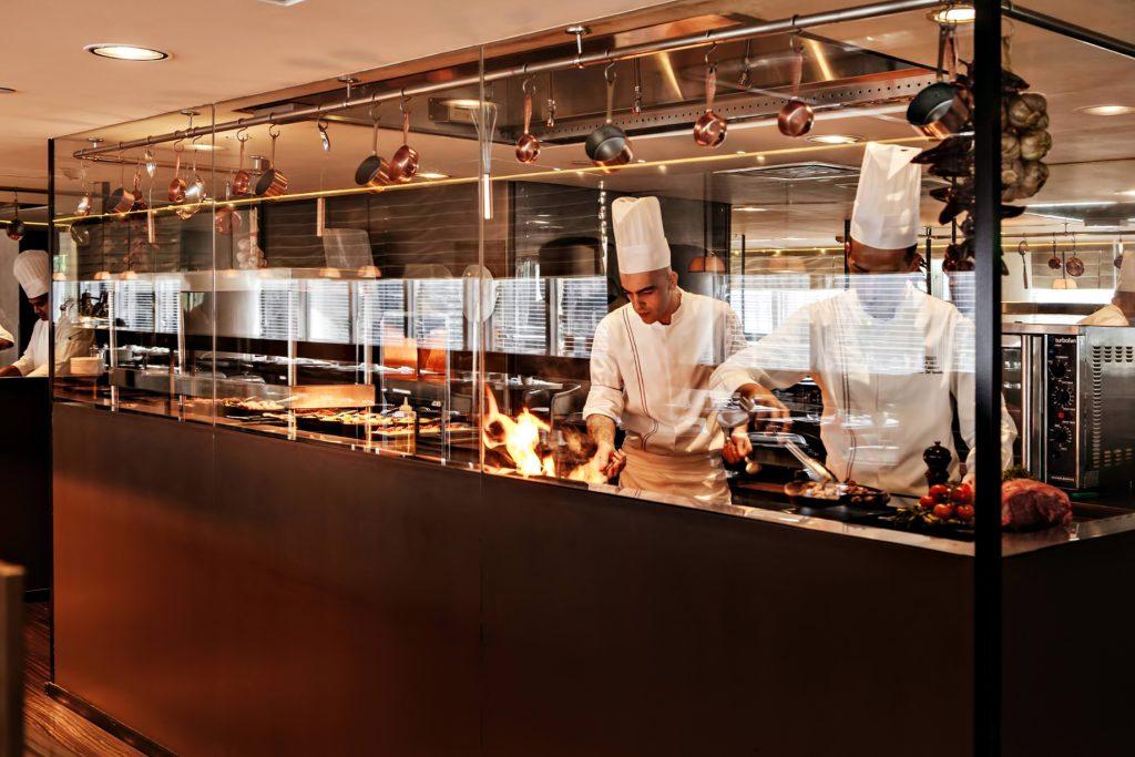 Armani Hotel Dubai - Burj Khalifa, Dubaï, Émirats arabes unis - Cuisine méditerranéenne Armani