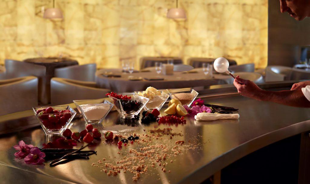 Armani Hotel Dubai - Burj Khalifa, Dubaï, Émirats arabes unis - Dessert Signature Armani Artistry