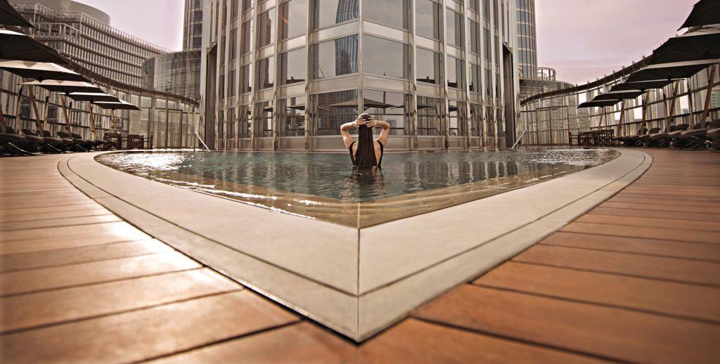 Armani Hotel Dubai - Burj Khalifa, Dubaï, Émirats arabes unis - Piscine extérieure Armani