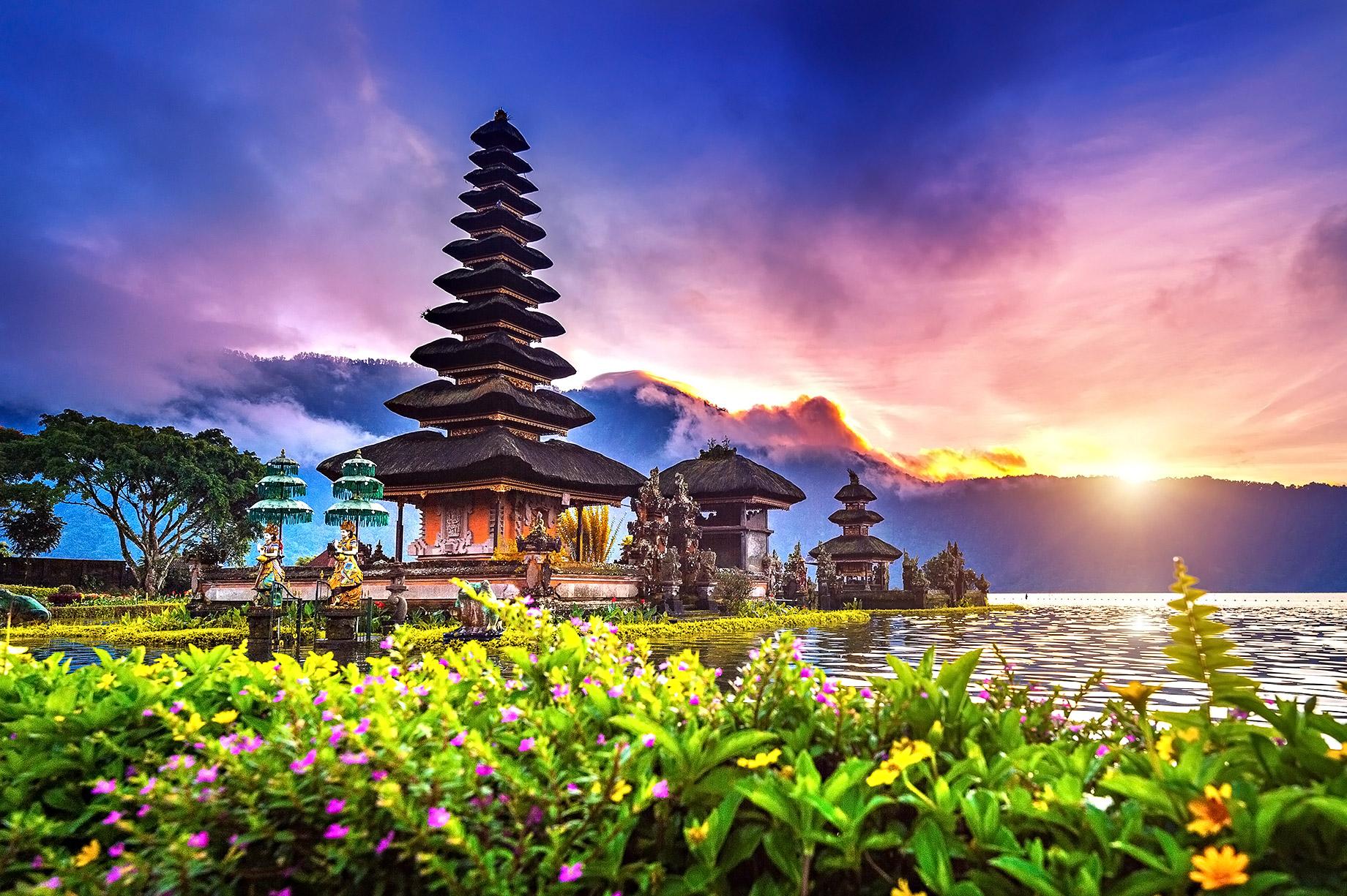 Temple Pura Ulun Danu Bratan - Bali, Indonésie - Top 10 des destinations de voyage de luxe dans le monde