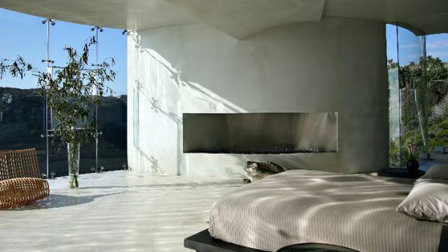Inside The Razor - 11,000 sq. ft. California Masterpiece for $19.3 Million