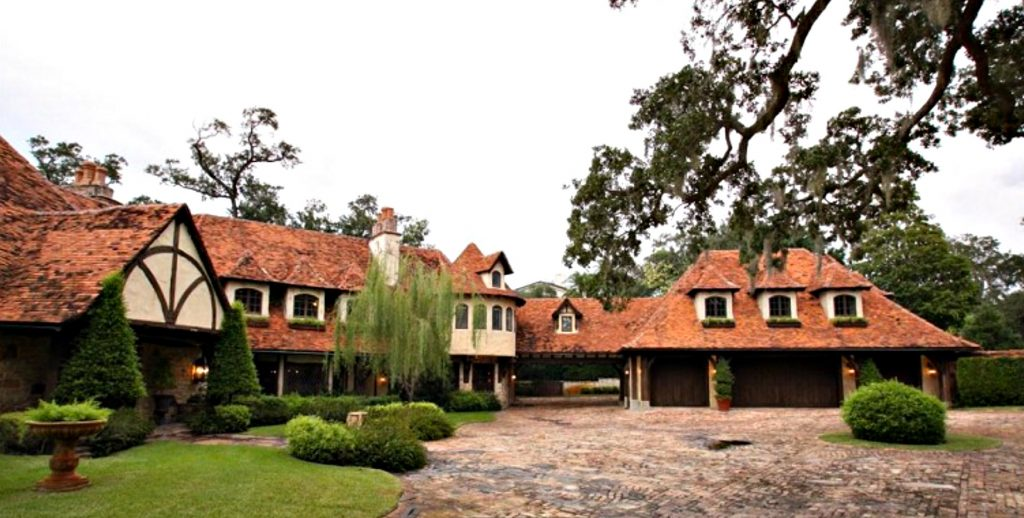 Hulk Hogan's Former Belleair Estate at 130 Willadel Drive in Florida