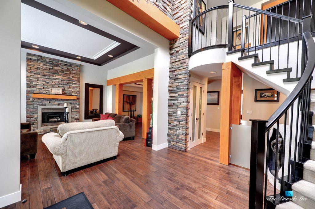 3067 Plateau Blvd, Coquitlam, BC, Canada