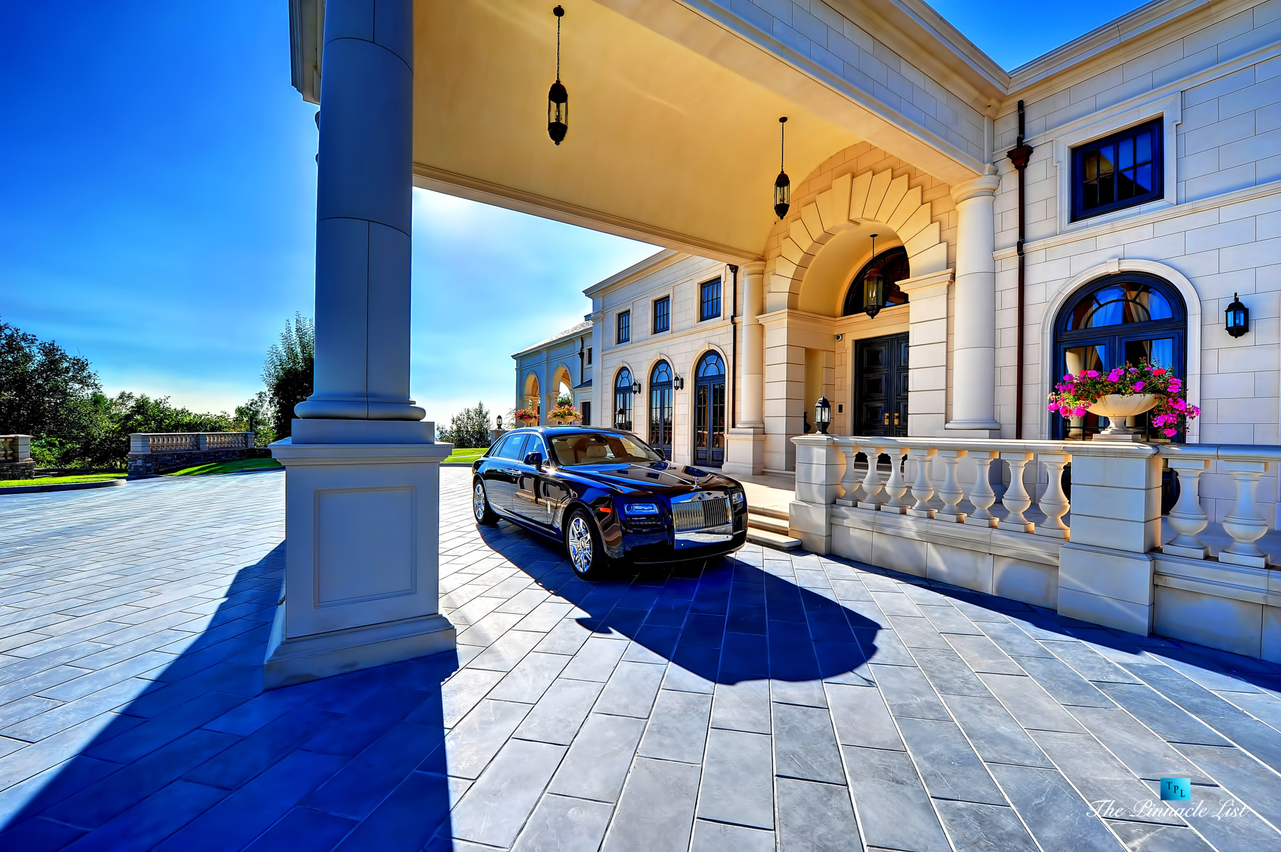 Luxury Defined – Rolls-Royce Ghost at The Bradbury Estate in Southern California