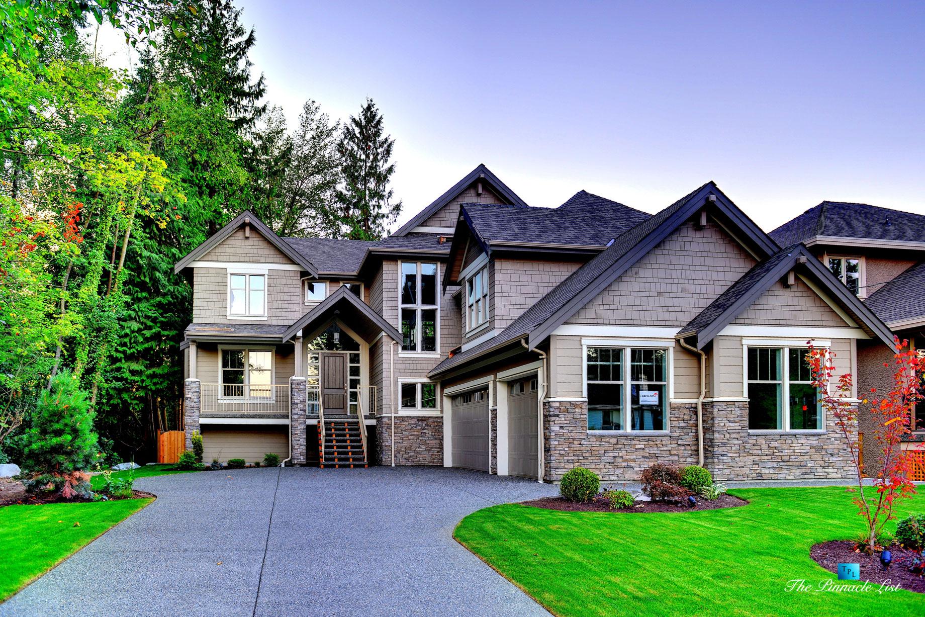 976 Kelvin St, Coquitlam, BC, Canada