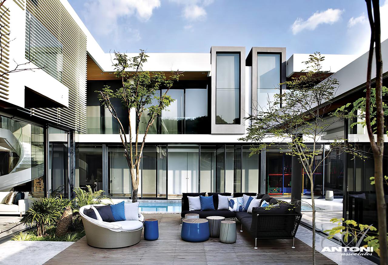 6th 1448 Houghton Residence ZM – Johannesburg, Gauteng, South Africa