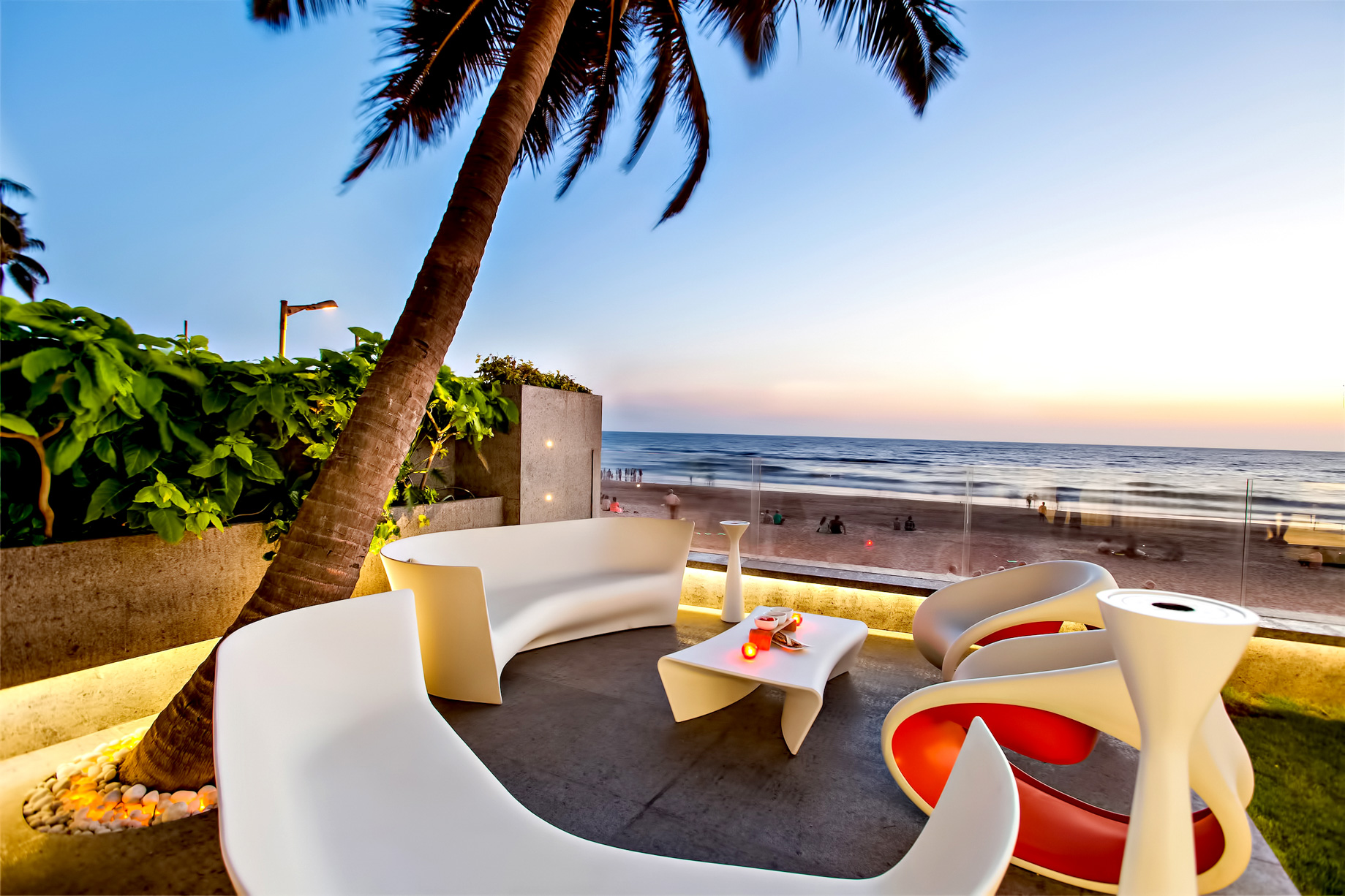 Juhu Beach Apartment - Mumbai, Maharashtra, India