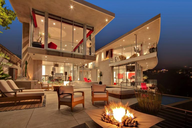 DJ Avicii Hollywood Home - 1474 Blue Jay Way, Los Angeles, CA, USA