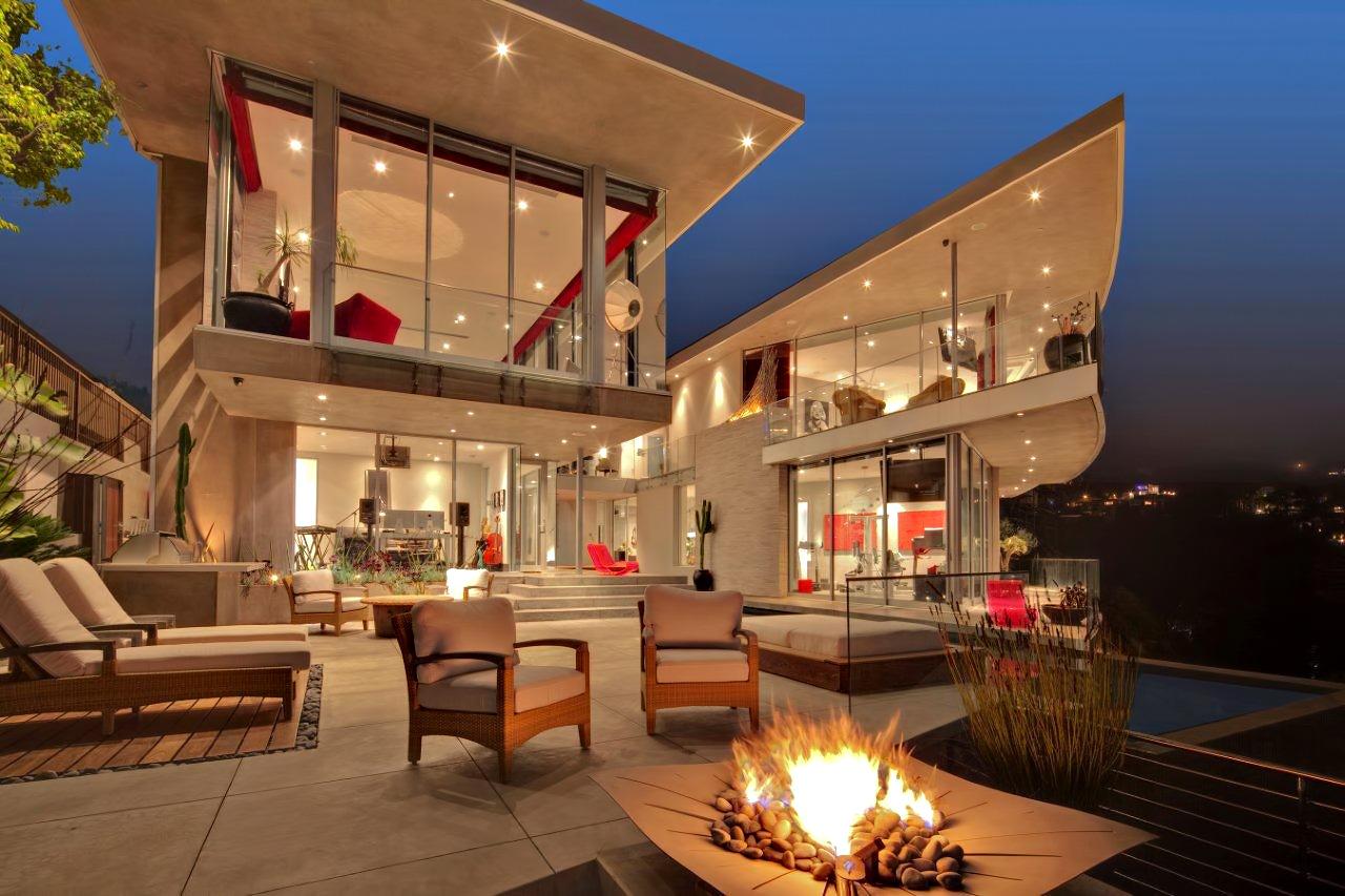 DJ Avicii Hollywood Home – 1474 Blue Jay Way, Los Angeles, CA, USA