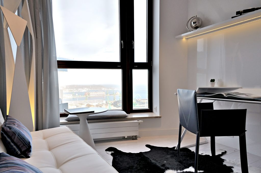 Sea Towers Luxury Apartment - Gdynia, Poland