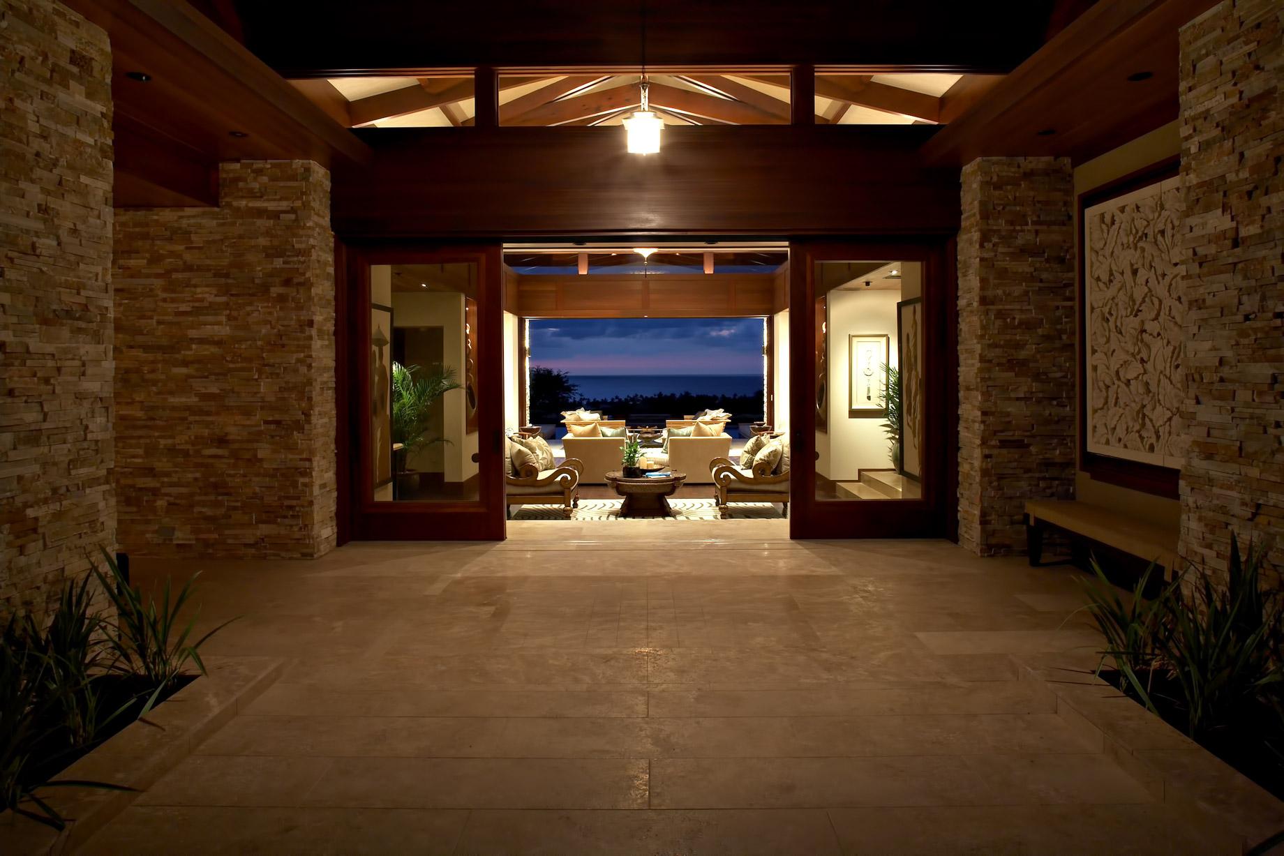 Cher's Former Hawaiian Residence – 72-122 Laueki St, Kailua-Kona, HI, USA