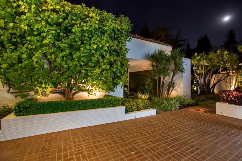 Ellen Degeneres Brody House Residence 360 S Mapleton Dr Los