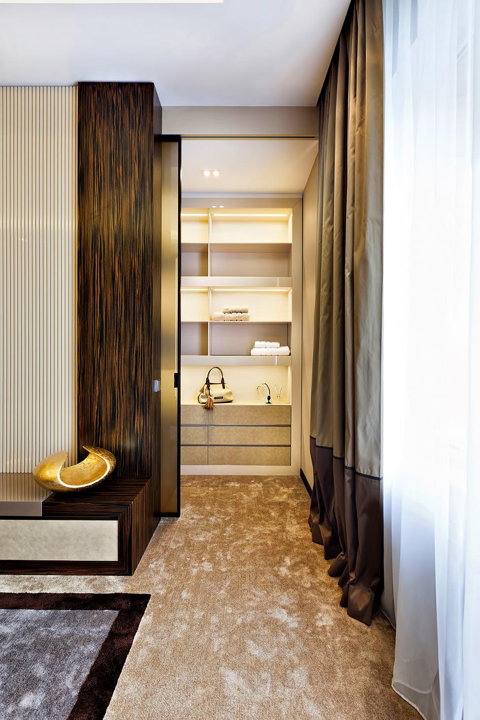 Art Deco Luxury Apartment – Saint Petersburg, Russia