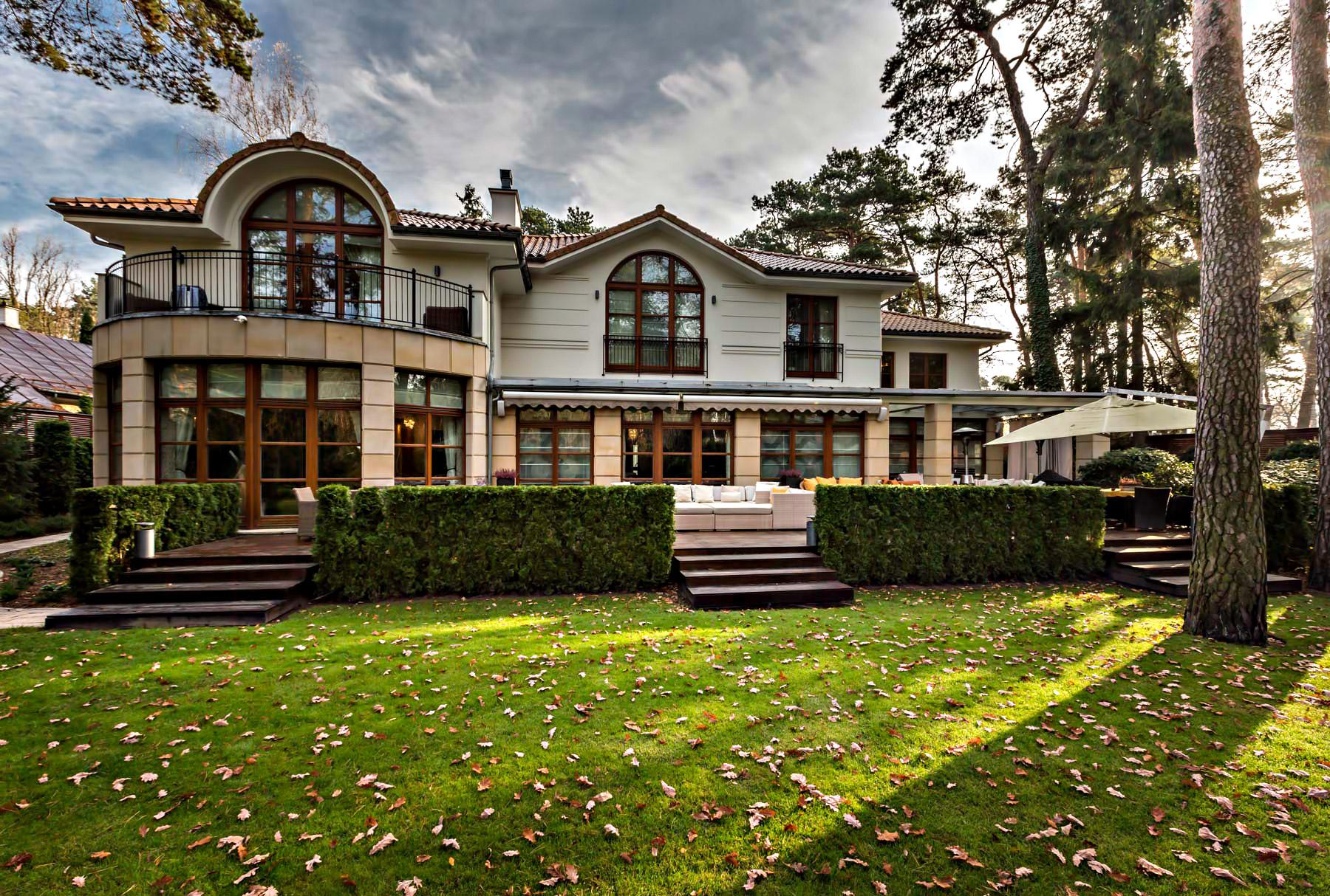 Konstancin Jeziorna Luxury Villa Residence – Warsaw, Poland
