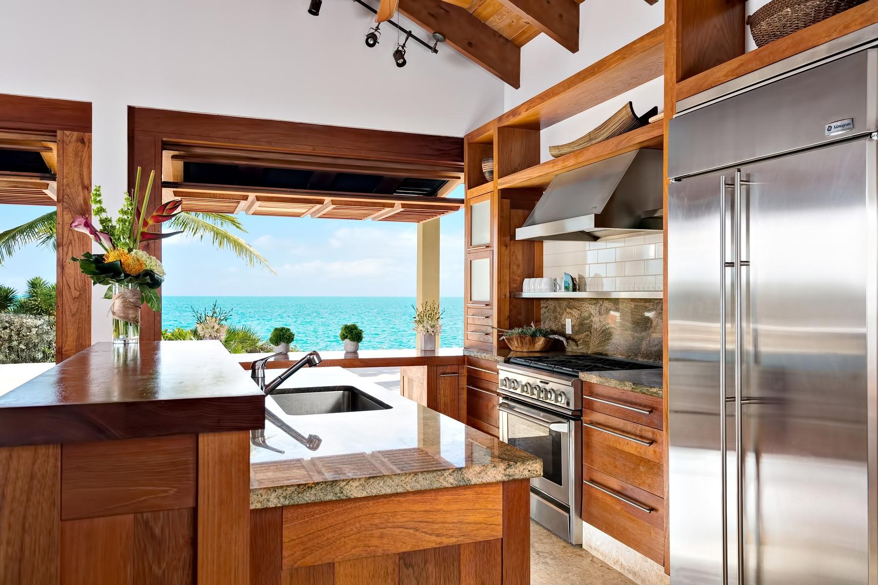Luxury Villa Alamandra - Providenciales, Turks and Caicos Islands