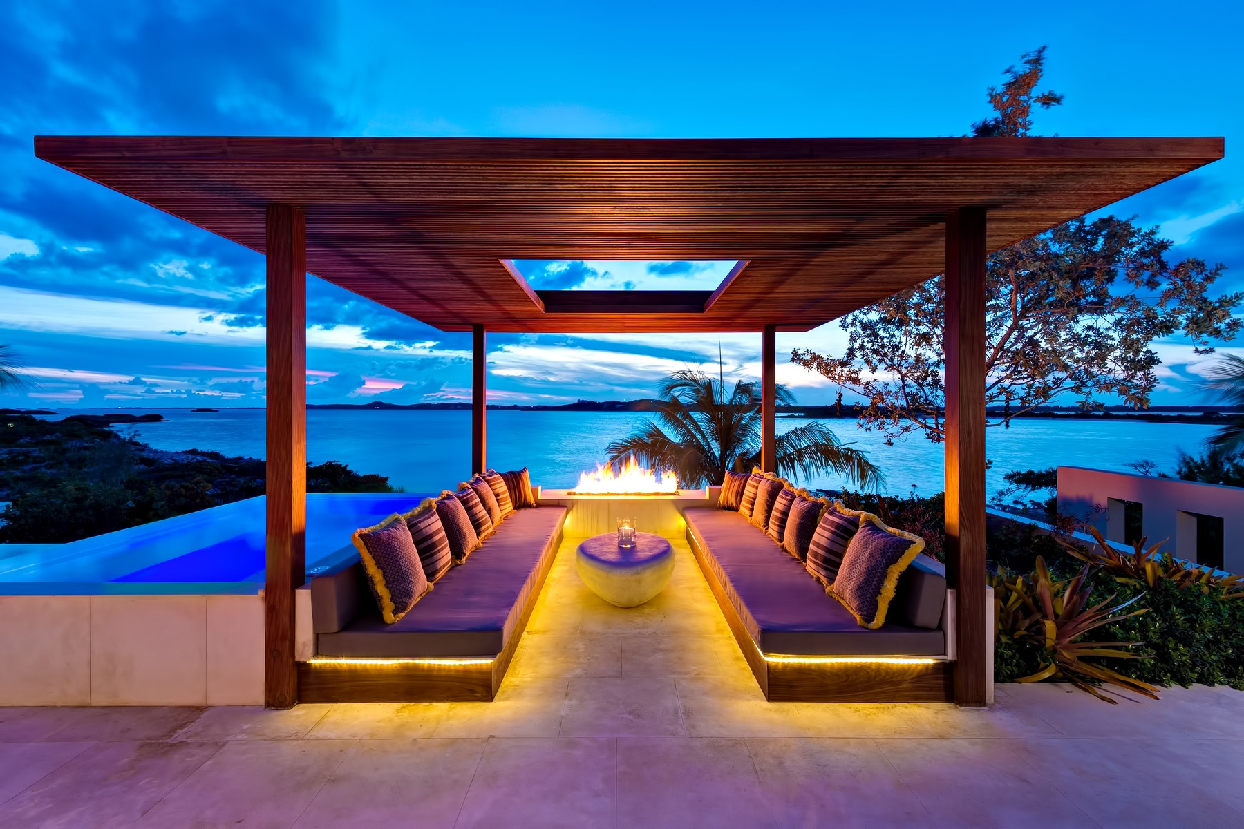 Turtle Tail Luxury Estate Villa – Providenciales, Turks and Caicos Islands