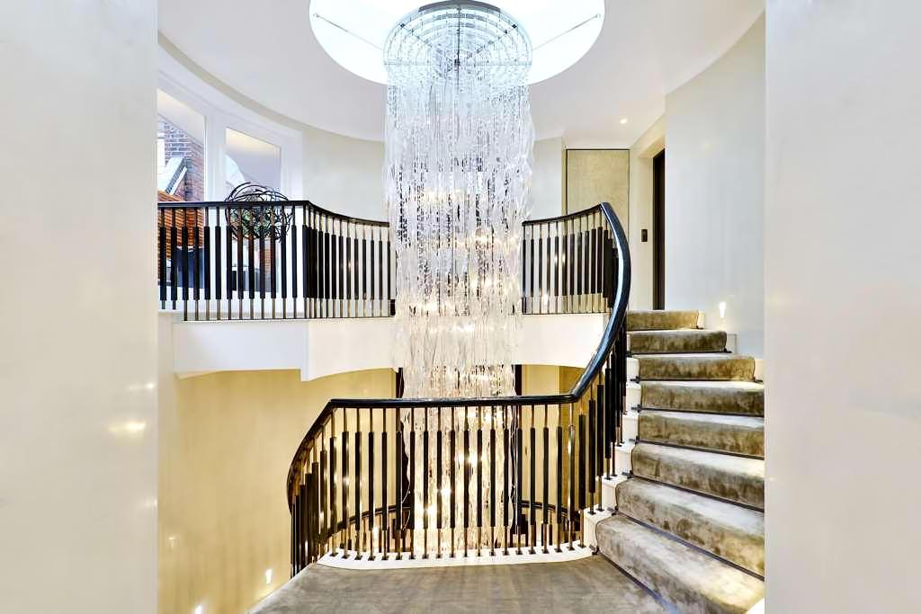 46 - Luxury Residence - 43 Reeves Mews, Mayfair, London, UK