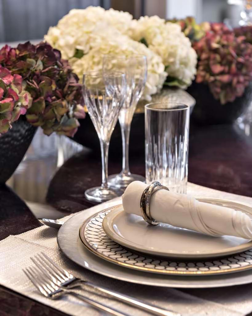 49 – Luxury Residence – 43 Reeves Mews, Mayfair, London, UK