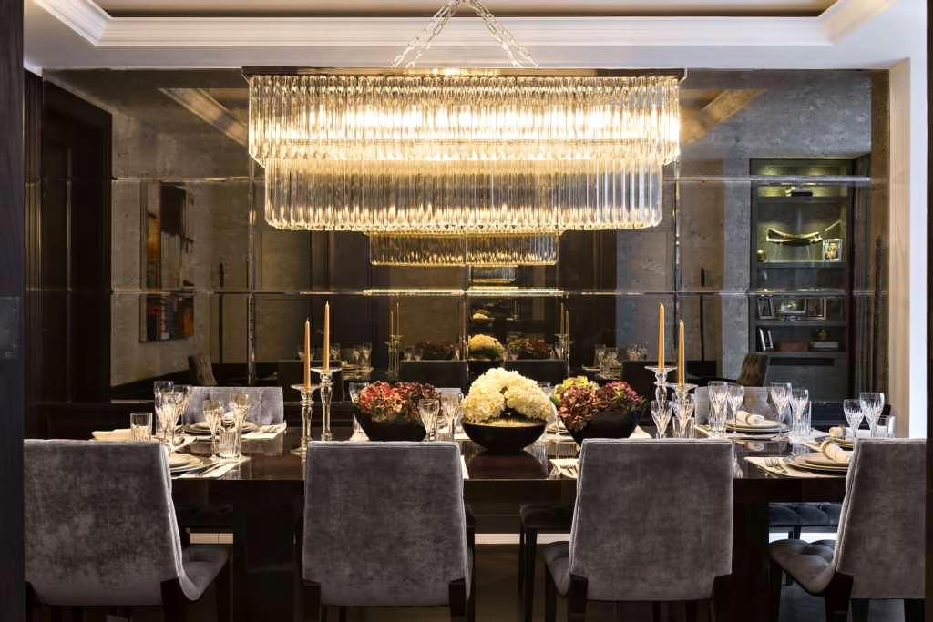 51 – Luxury Residence – 43 Reeves Mews, Mayfair, London, UK