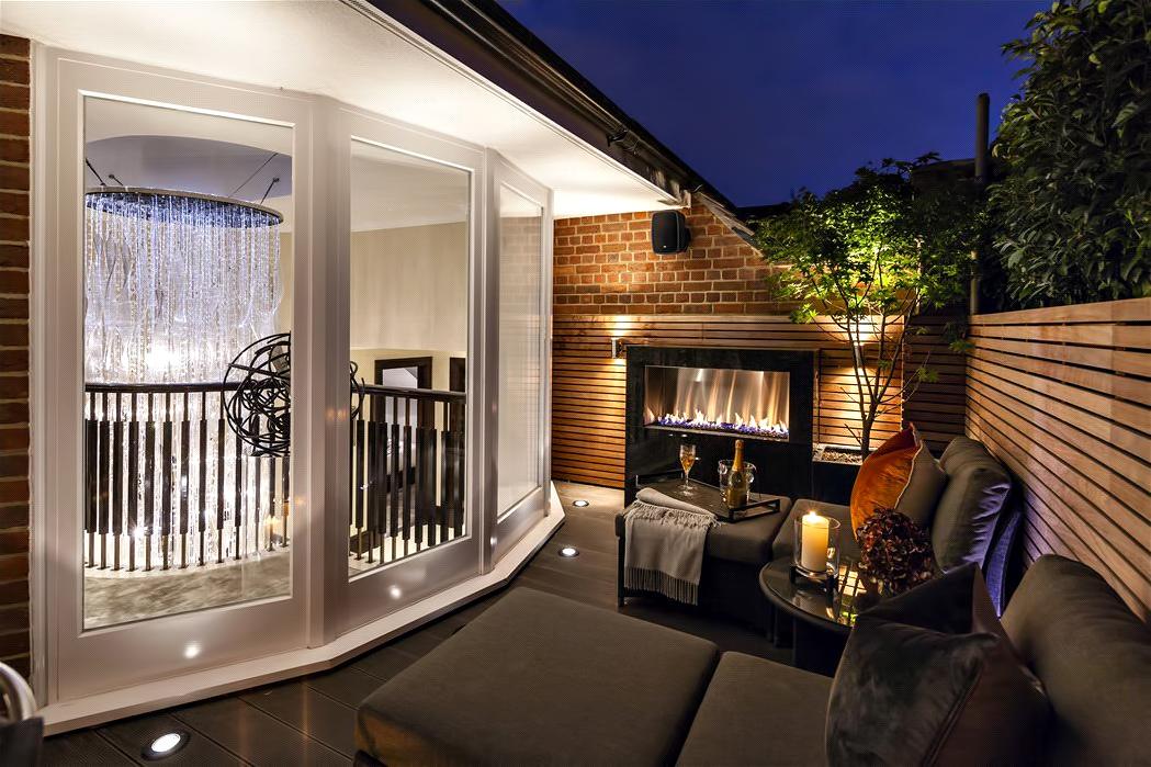 54 – Luxury Residence – 43 Reeves Mews, Mayfair, London, UK
