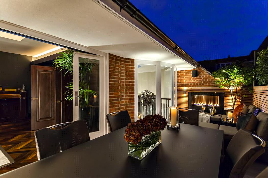 55 – Luxury Residence – 43 Reeves Mews, Mayfair, London, UK