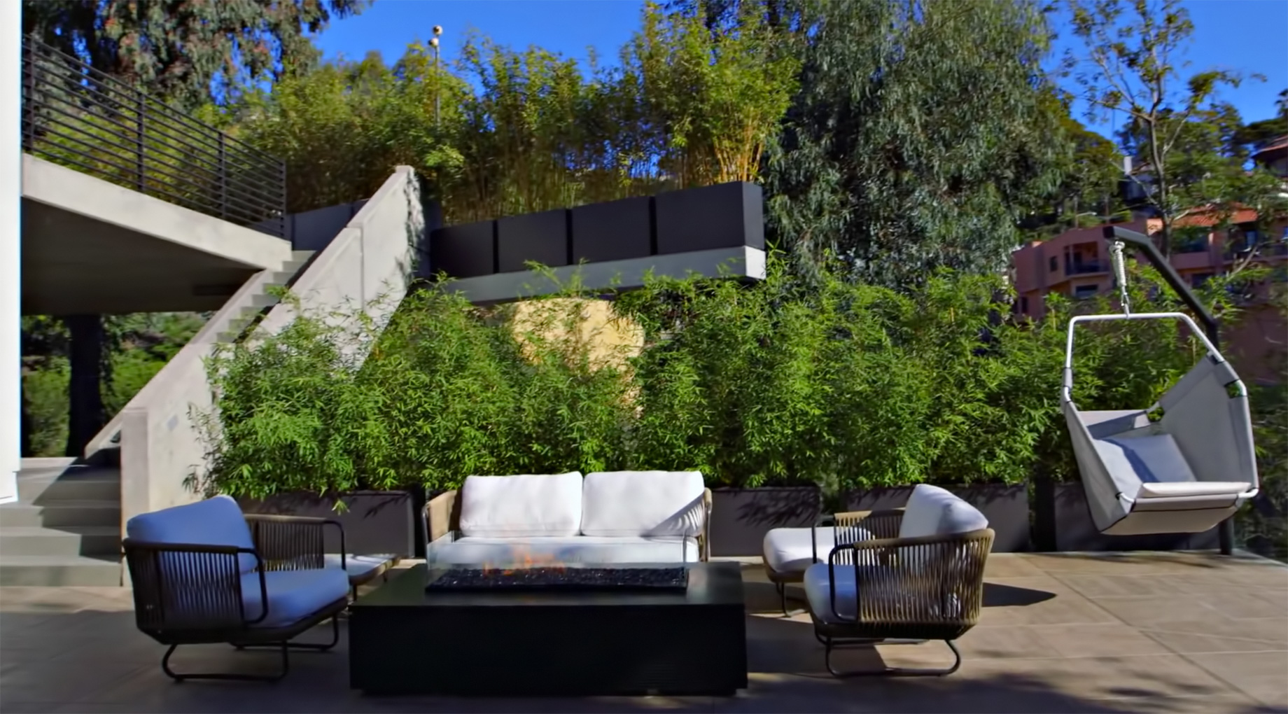 Beverly Crest Luxury Home – 9945 Beverly Grove Drive, Beverly Hills, CA, USA