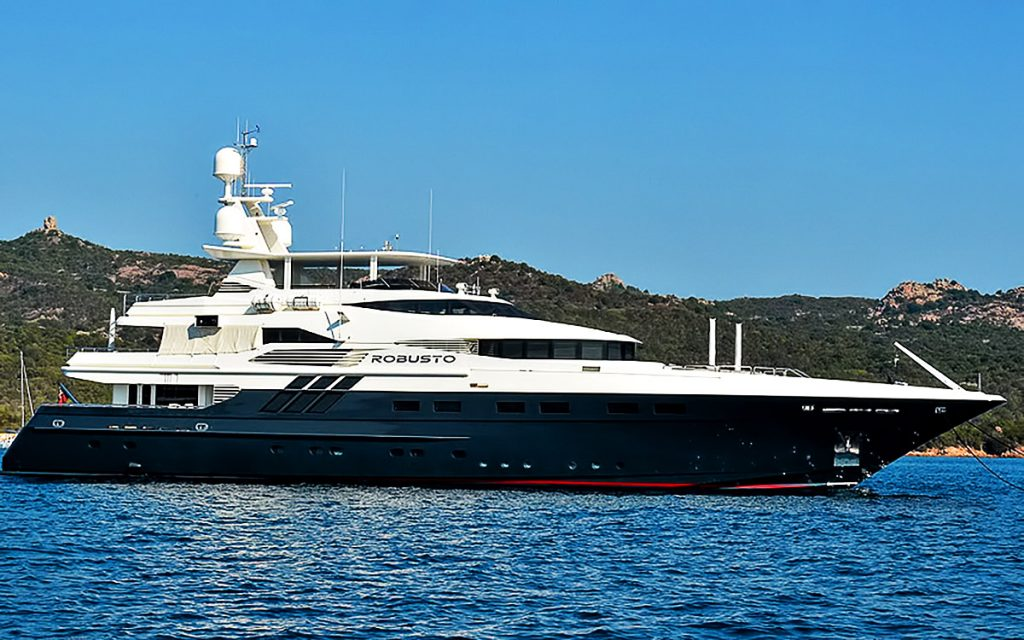 Robusto Superyacht – Porto Cervo, Sardinia, Italy