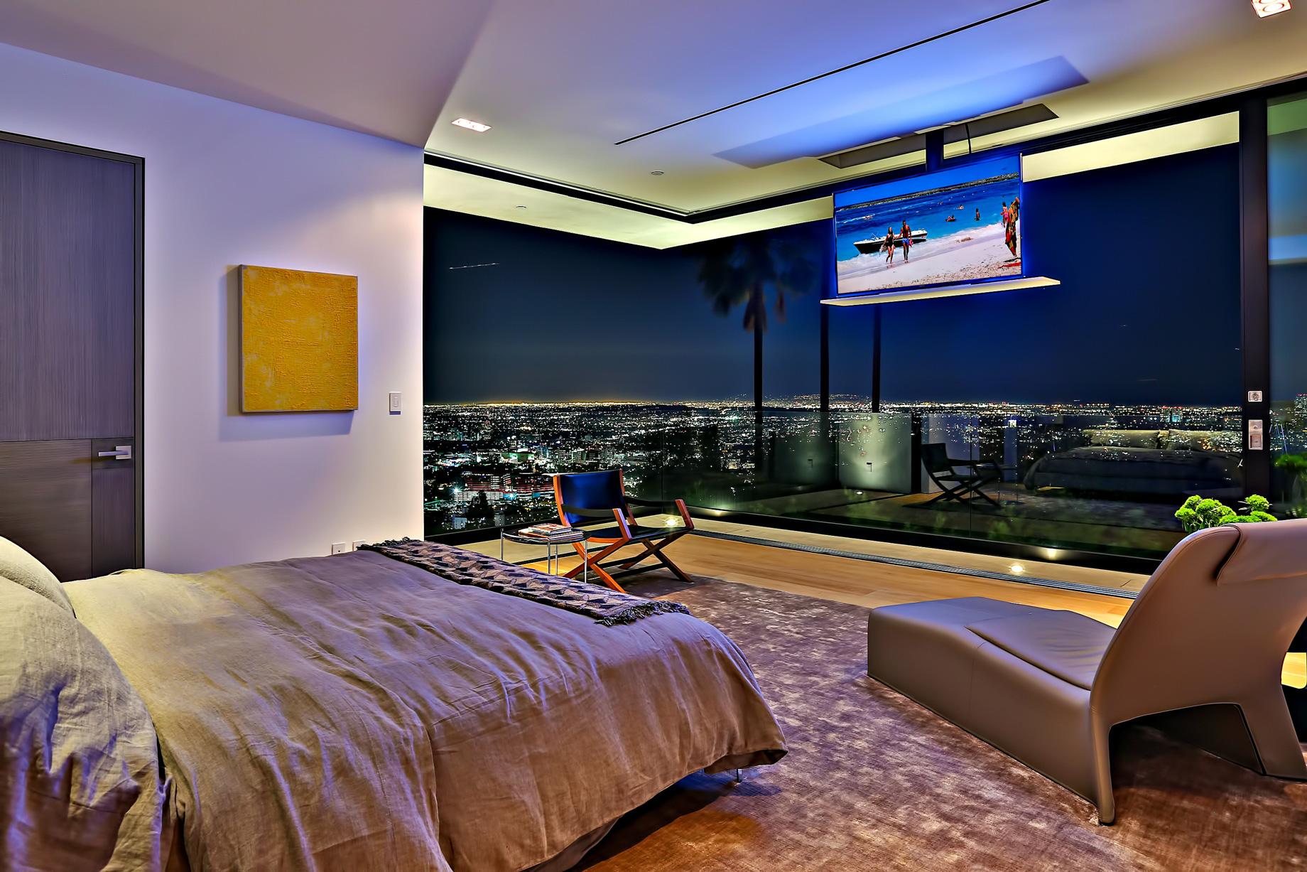 Bird Streets Luxury Contemporary - 9133 Oriole Way, Los Angeles, CA, USA