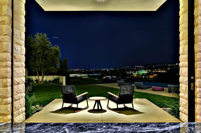 197 - Bird Streets Luxury Contemporary - 9133 Oriole Way, Los Angeles, CA, USA
