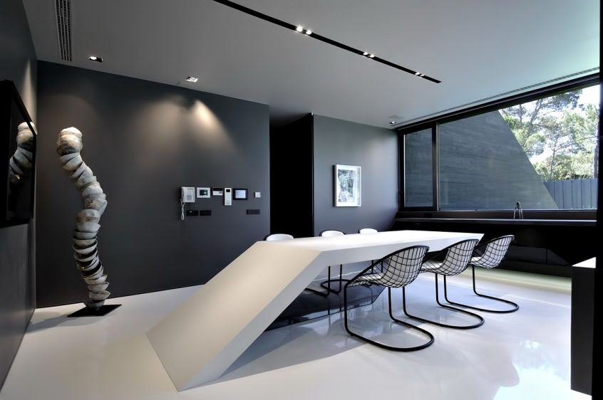 26 - Monolithic Concrete House II - Pozuelo de Alarcon, Madrid, Spain