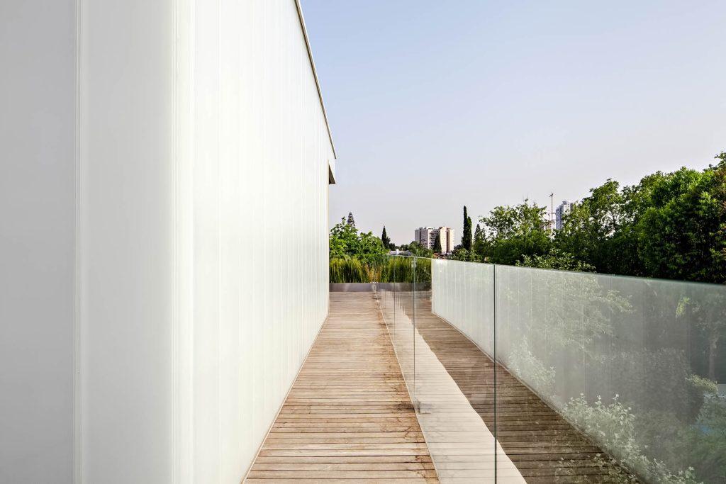 Concrete Cut Luxury Residence - Ramat Gan, Tel Aviv, IsraelConcrete Cut Luxury Residence - Ramat Gan, Tel Aviv, Israel