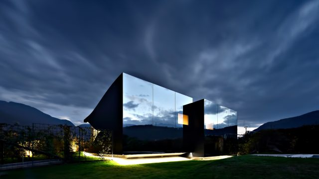 Mirror Houses Luxury Residence - Bolzano, South Tyrol, Italy