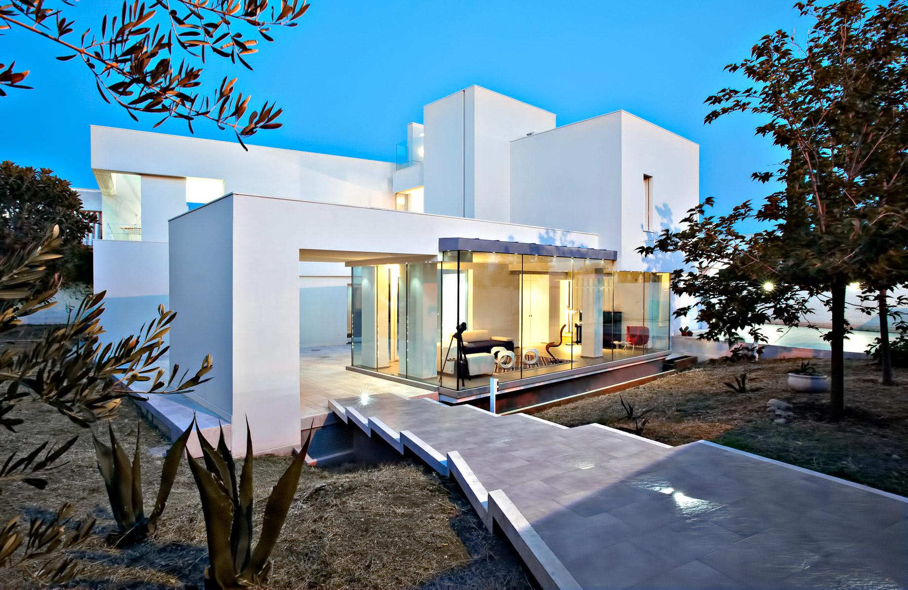 Bisceglie, Apulia, Barletta-Andria-Trani, Italy 🇮🇹 – Luxury Properties – Showcase