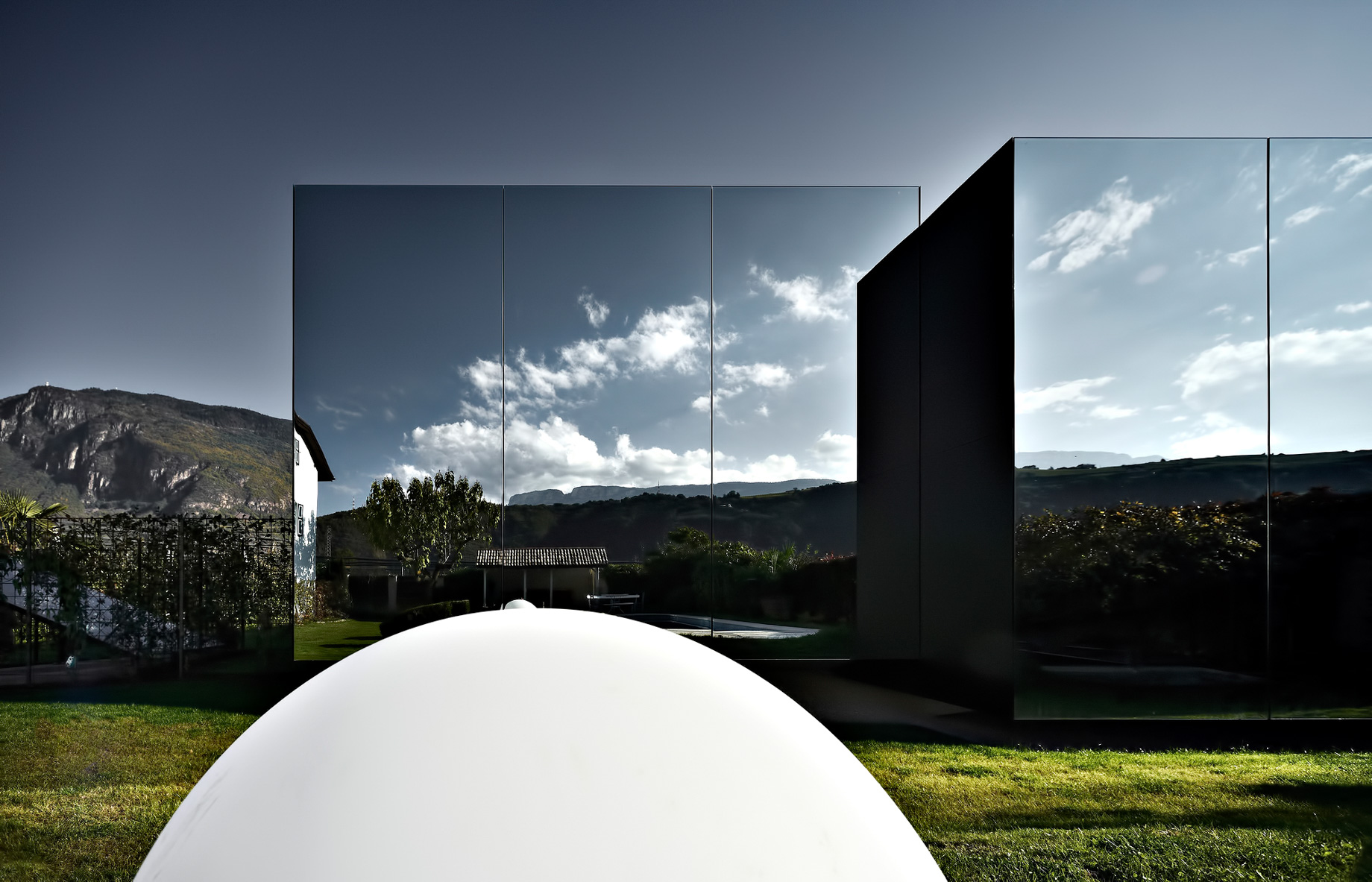 Mirror Houses Luxury Residence – Bolzano, South Tyrol, Italy