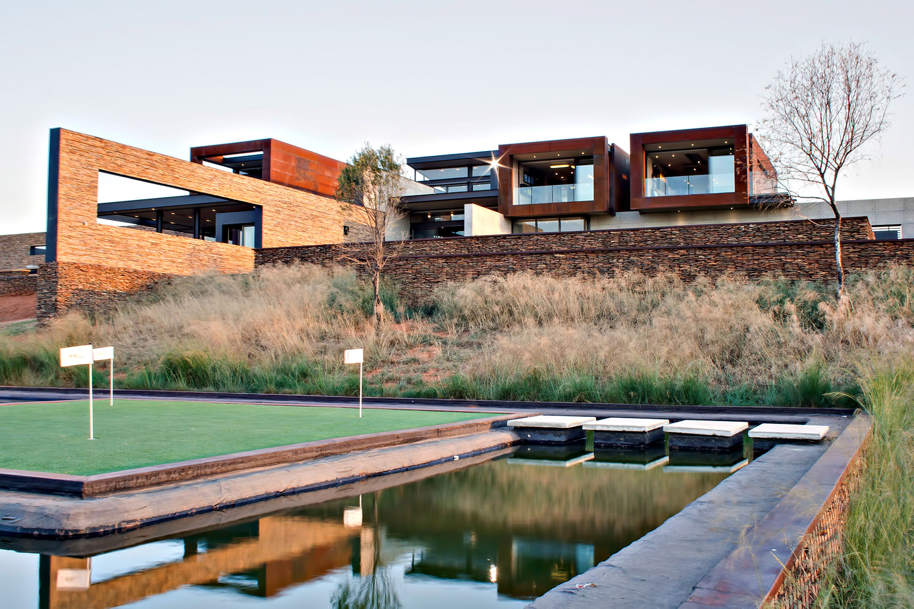Boz House Luxury Villa – Mooikloof Heights, Pretoria, South Africa