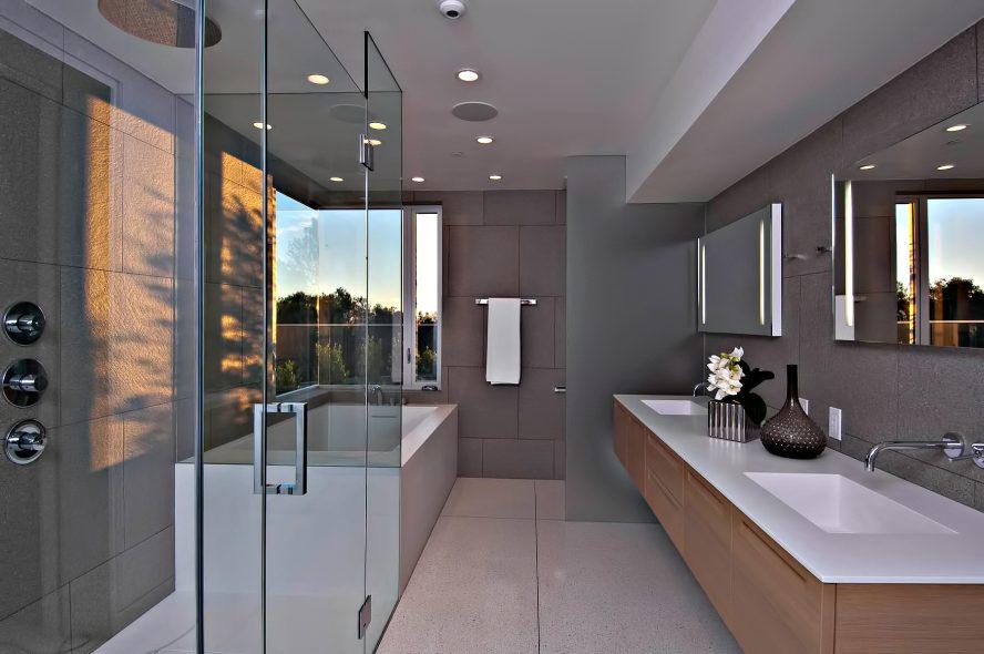 Hollywood Hills Modern - 1734 N Doheny Dr, Los Angeles, CA, USA