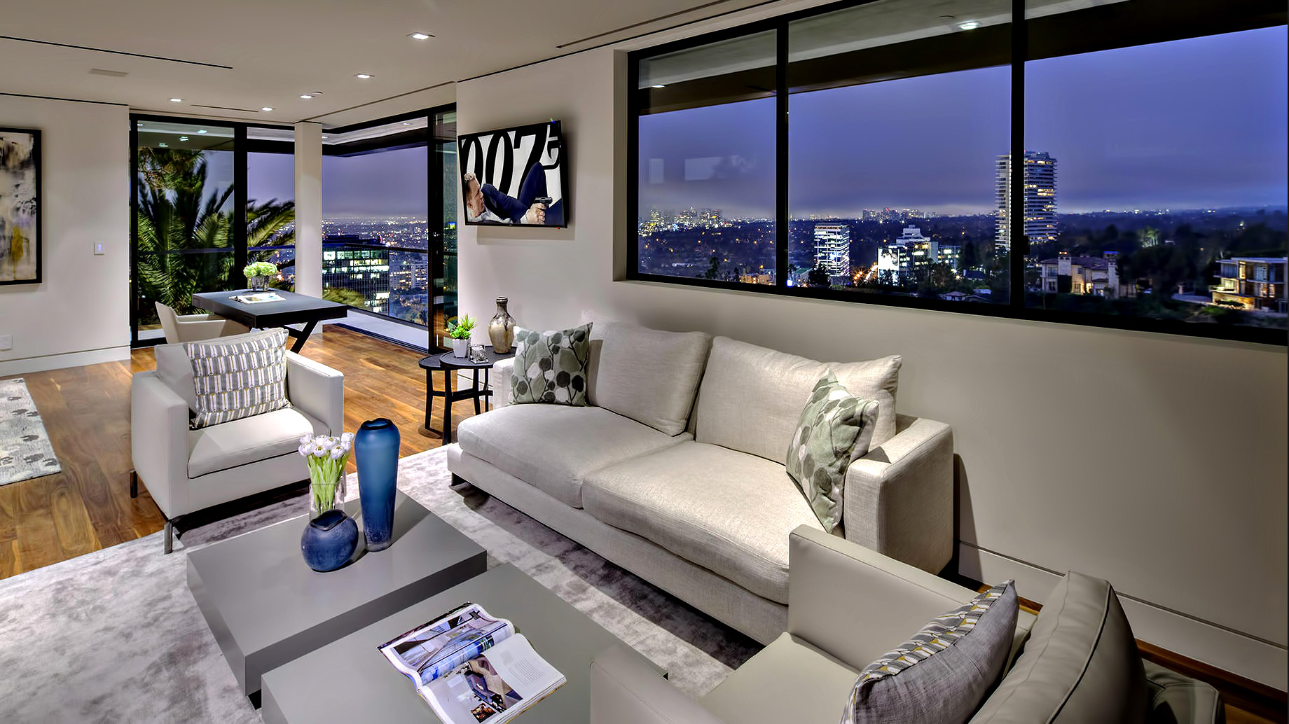 Hollywood Hills Modern – 8927 St Ives Drive, Los Angeles, CA, USA