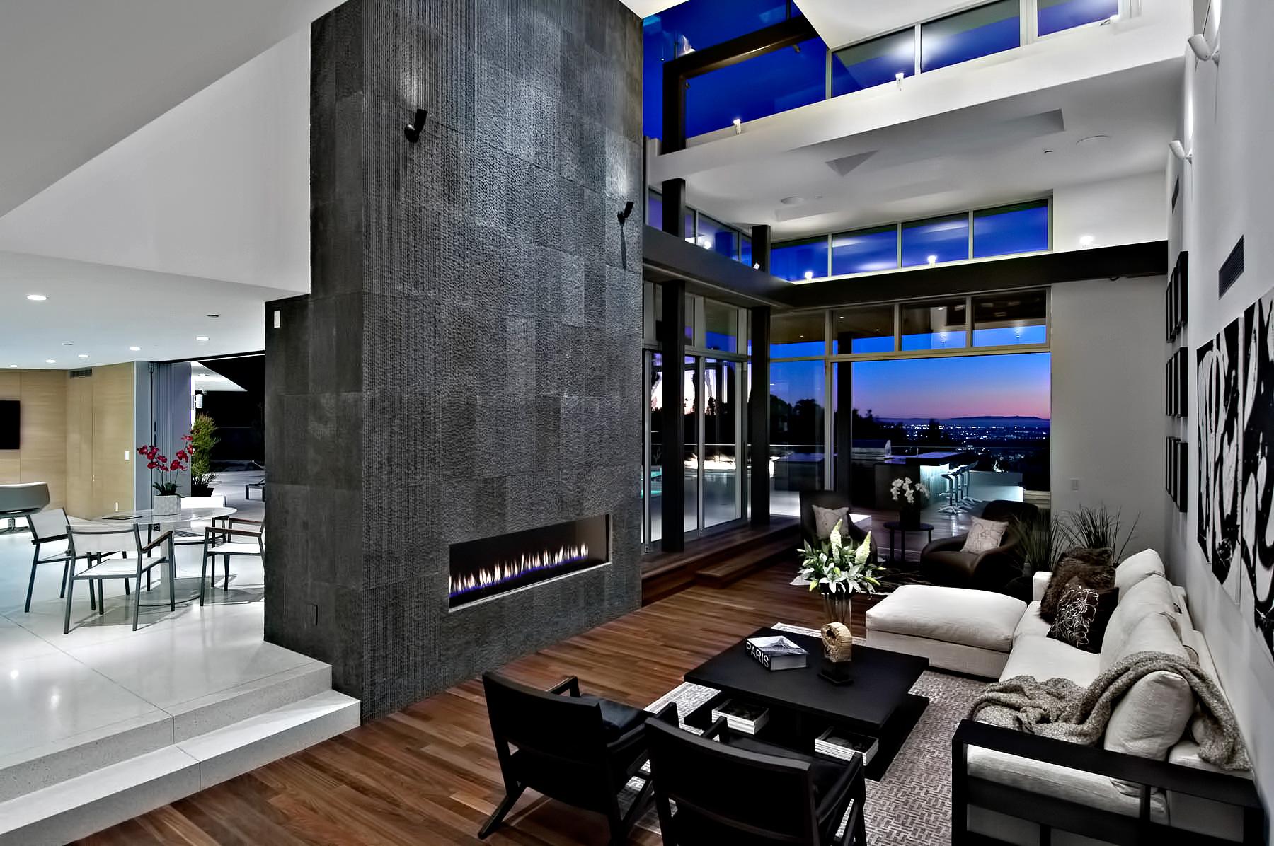 Hollywood Hills Modern – 1734 N Doheny Dr, Los Angeles, CA, USA