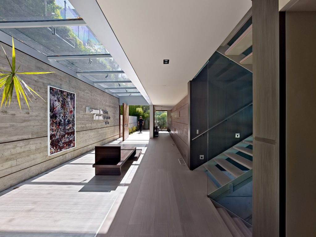 Oberfeld Residence - 9318 Nightingale Drive, Los Angeles, CA, USA