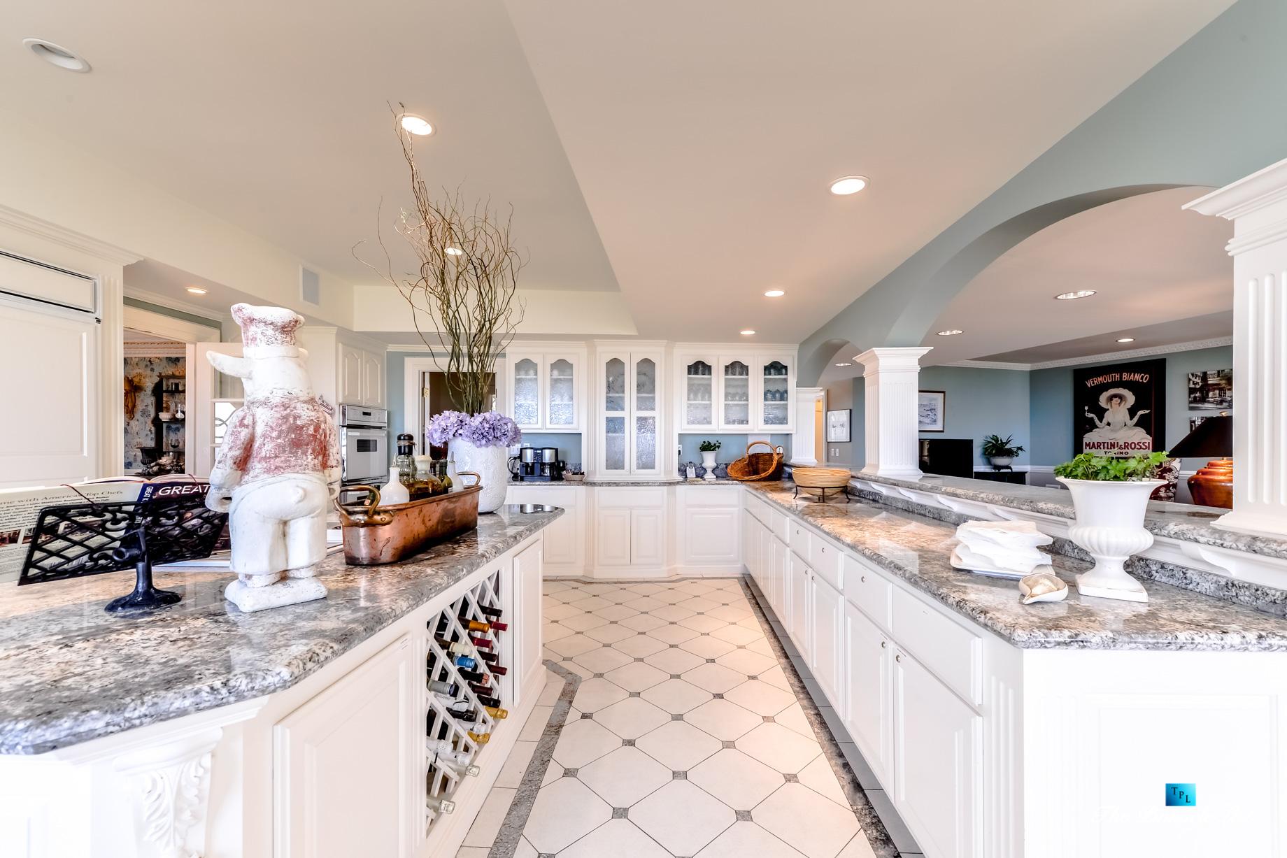Villa Viscaya Estate – 112 Holiday Dr, La Selva Beach, CA, USA