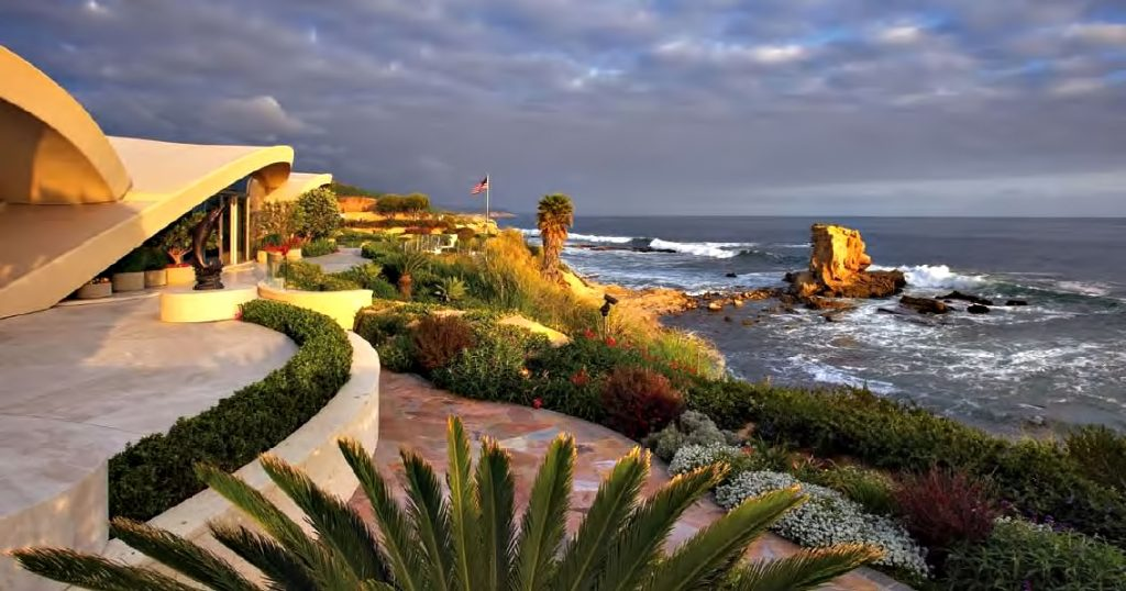 Portabello Estate - 4627 Brighton Rd, Corona Del Mar, CA, USA