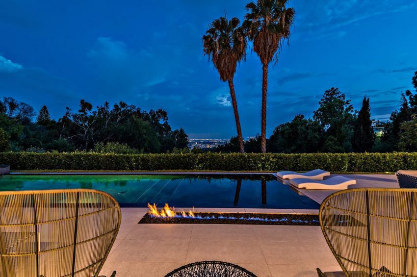 Trousdale Luxury Modern - 1220 Loma Vista Dr, Beverly Hills, CA, USA