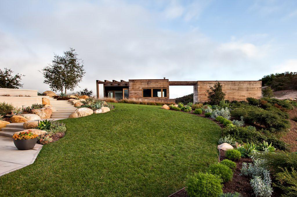 Toro Canyon House - 3660 Toro Canyon Park Rd, Montecito, CA, USA