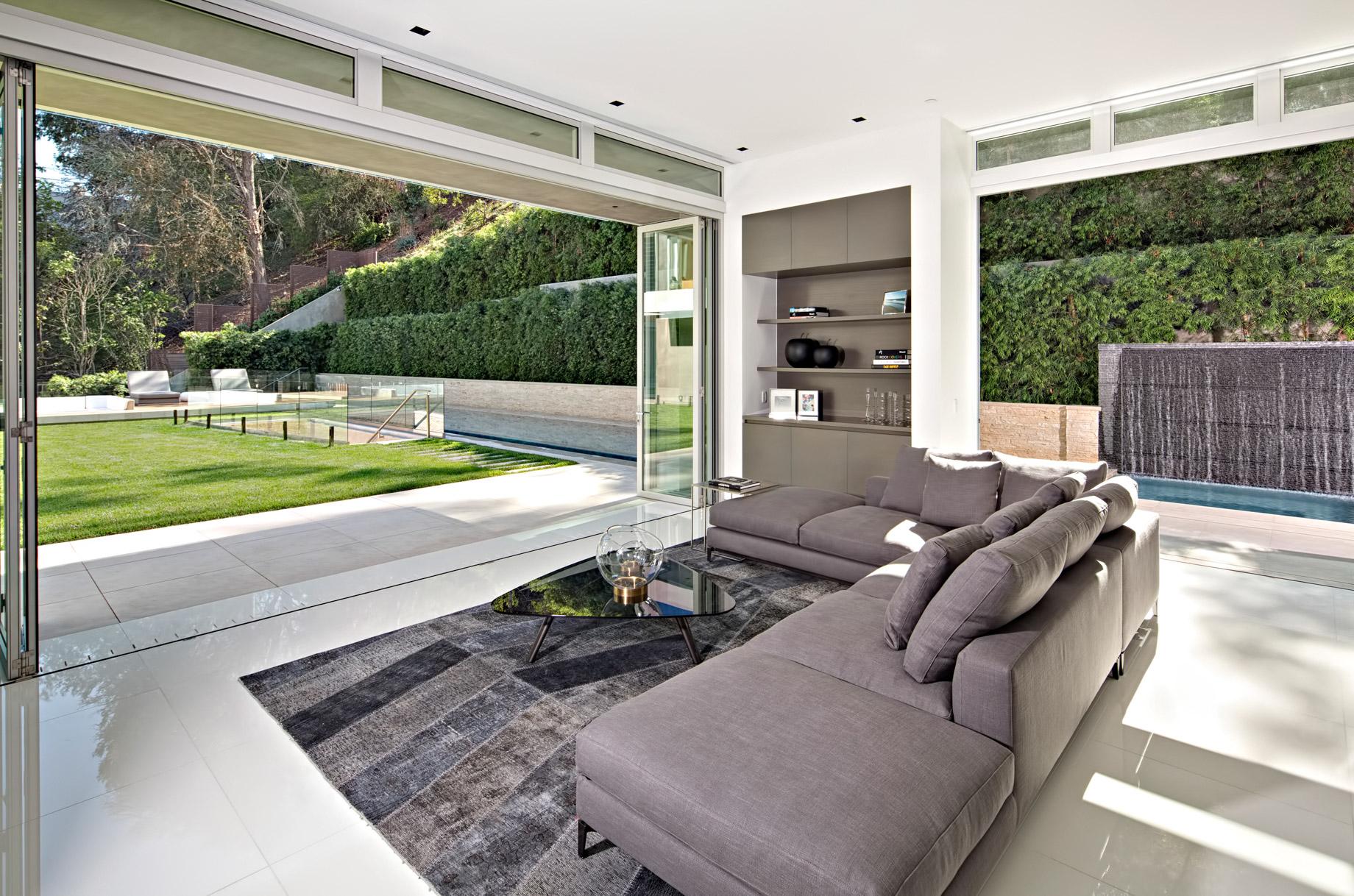 Sunset Strip Modern - 1307 Sierra Alta Way, Los Angeles, CA, USA