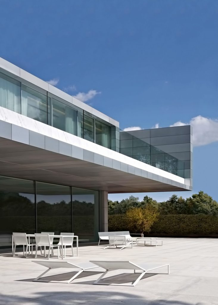 Casa de Aluminio Luxury Residence - Madrid, Spain