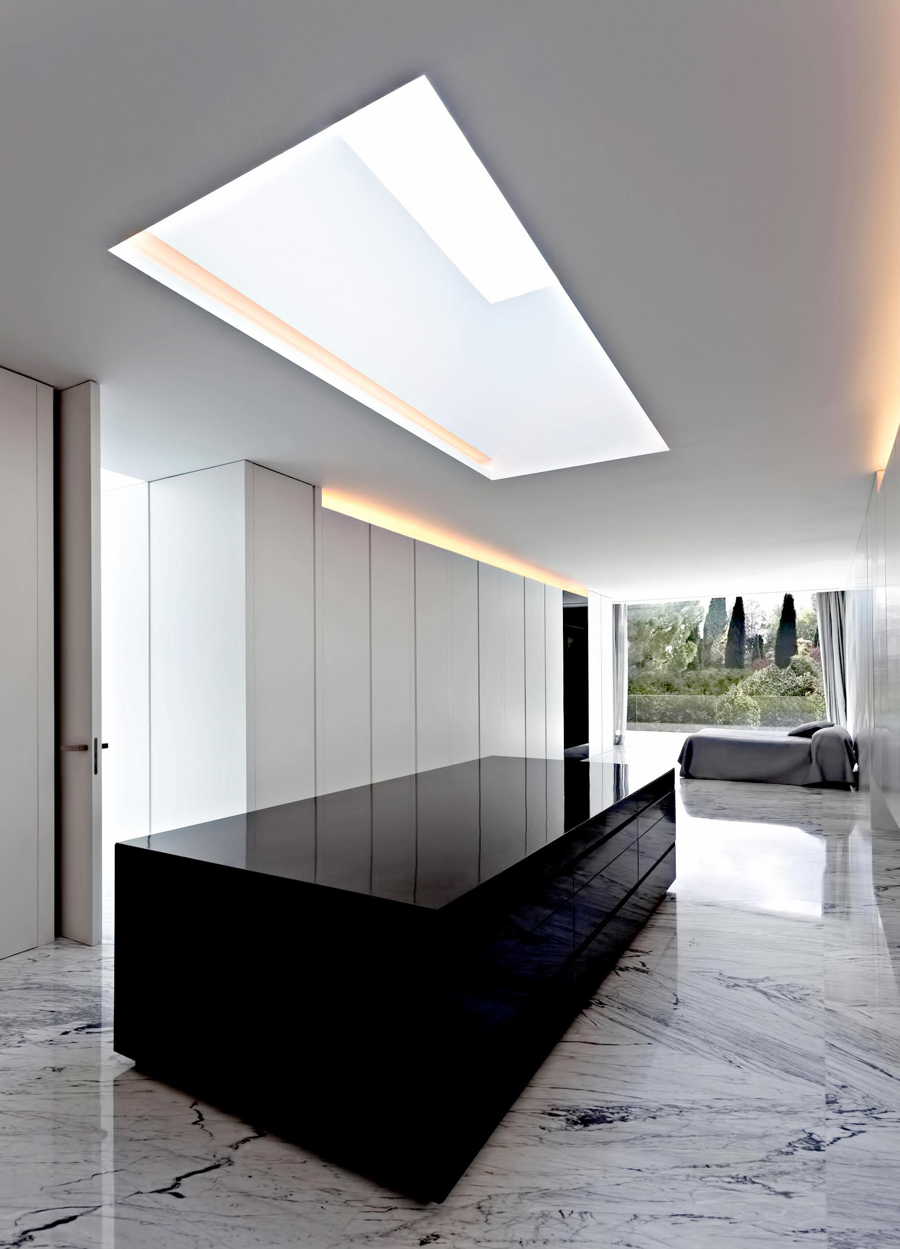 Casa de Aluminio Luxury Residence – Madrid, Spain