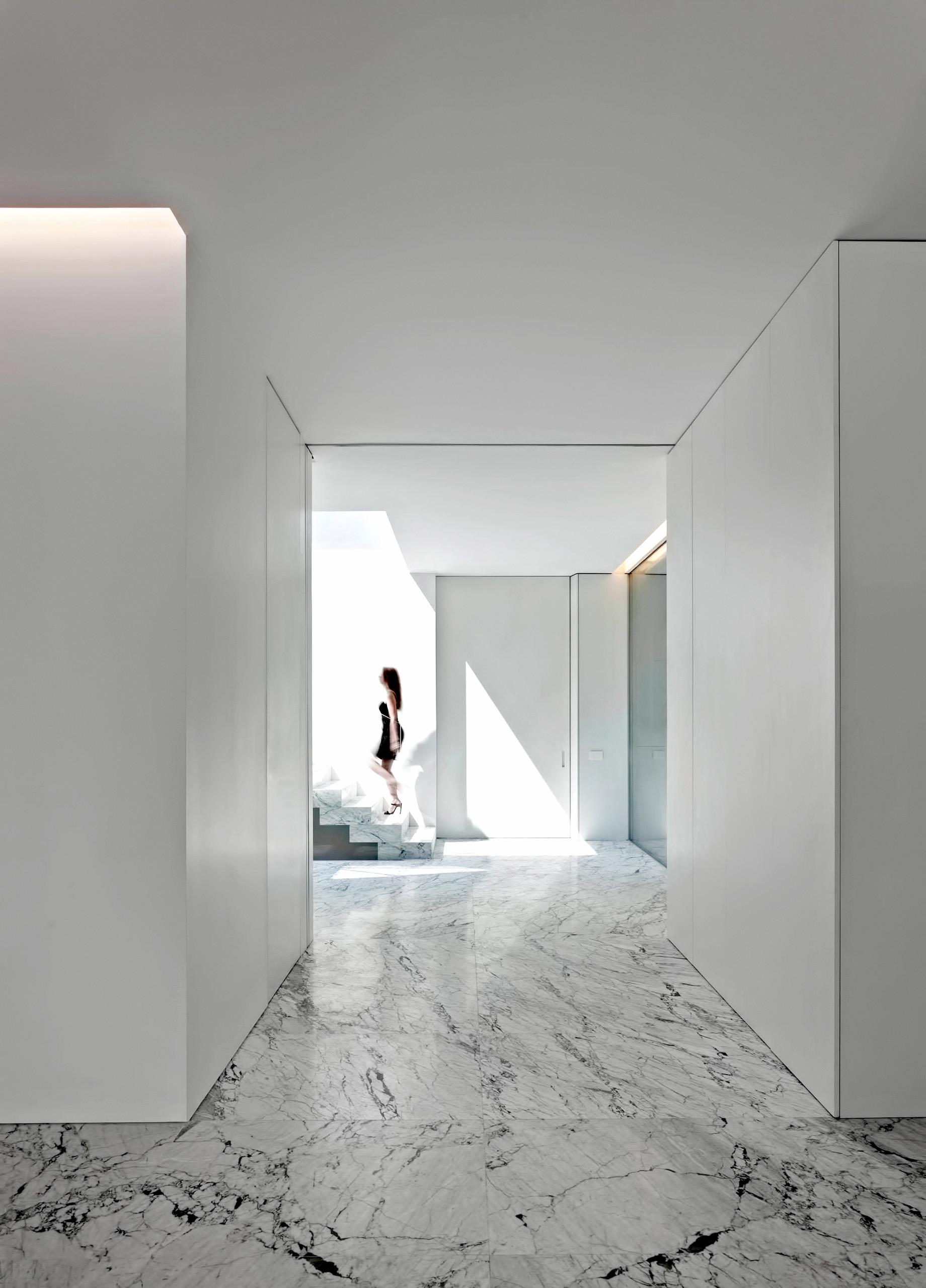 Casa de Aluminio Luxury Residence - Madrid, Spain